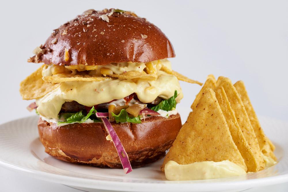 burger cu cartofi
