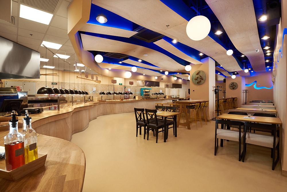 interior restaurantul Pagaia 2
