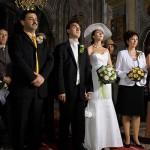 mirii si nasii in biserica