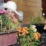mireasa si mirele printre flori