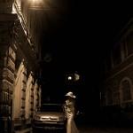 mireasa pe strada noaptea