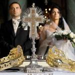 cununiile si crucifixul