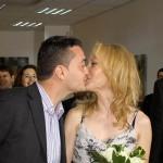 sotii se saruta