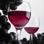 imagine pahar vin struguri