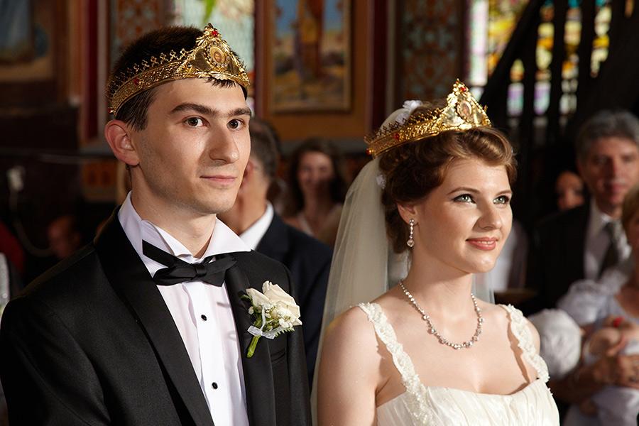 miri cu coroanele pe cap